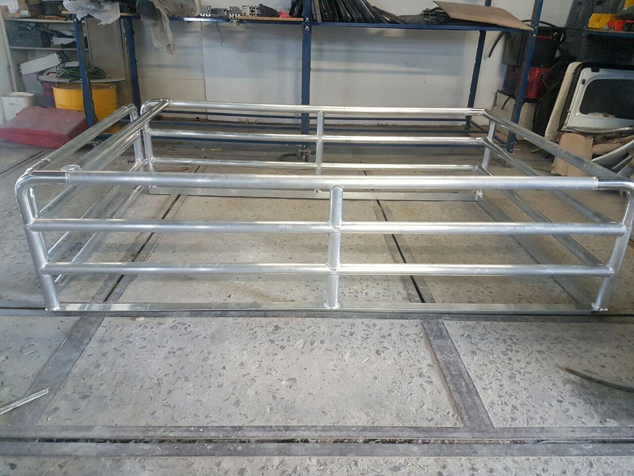 Aluminium Cattle Rail Razorback Aluminium Canopies